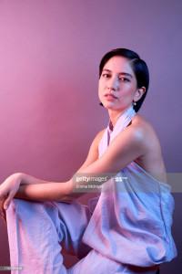 La très gracile actrice, mannequin et ballerine britannico-japonaise Sonoya Mizuno photographiée par Emma McIntyre